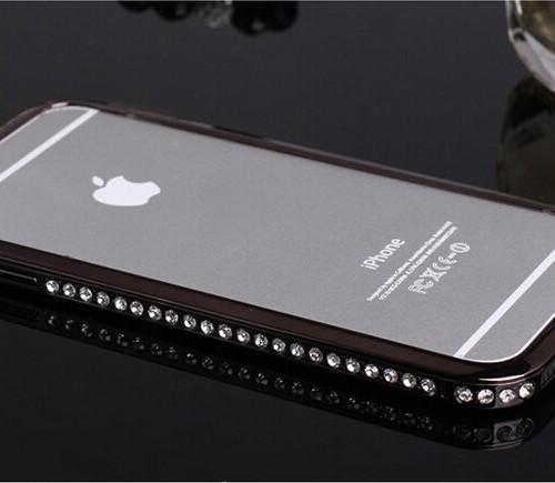 Elegantný bumper pre iphone s kryštálmi v čiernej farbe www.luxur.sk