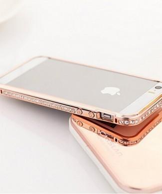 Elegantný bumper pre iphone s kryštálmi v ružovo zlatej farbe www.luxur.sk