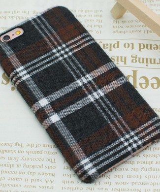 obal-na-iphone-latkovy-potah-brown